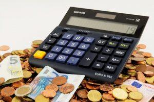 家具レンタルの価格はどのくらい?買うより安く済む?